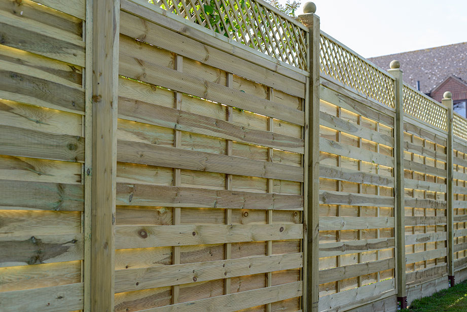 The Alderley is an attractive joint framed trellis available in varying shapes and sizes and part of the Valencia Garden Collection. With a lattice gap of 40mm, the trellis is planed and chamfered for a superior finish. Each product is pressure-treated ensuring longevity in use.
