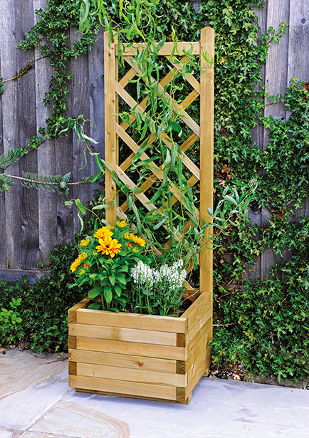 The Bella Rosa Planter comes with an eye-catching wooden trellis. Perfect for climbing plants and compact in size, this pressure treated planter has extra resilience against wood rot and decay.