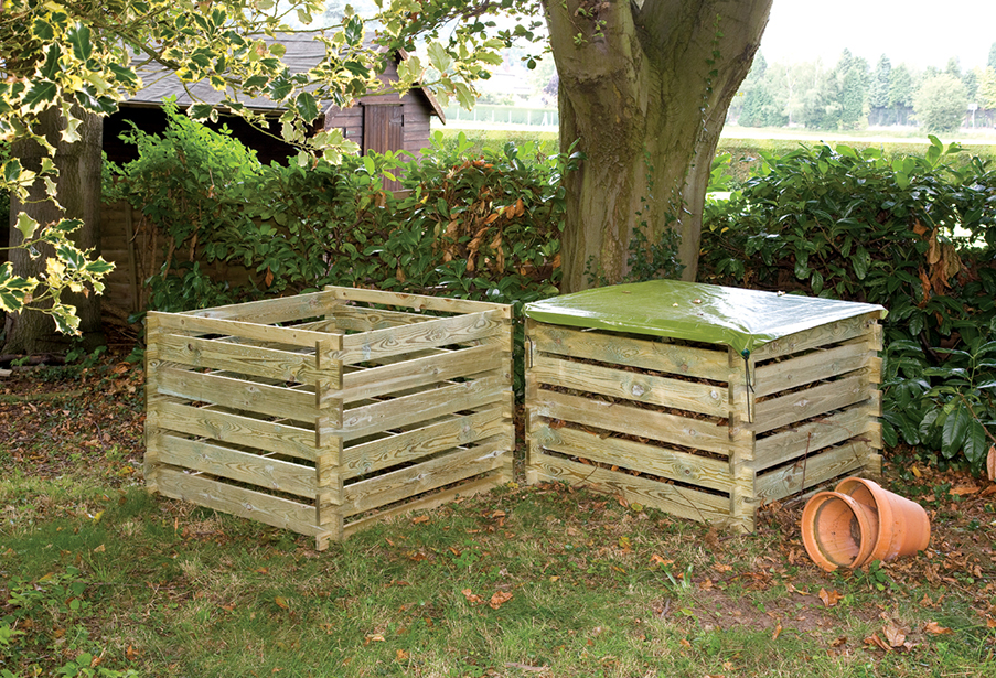 This generously sized wooden Garden Composter essential for every garden, providing insulations, allowing the compost to breathe. This easy to assemble flat pack kit is made from pressure treated timber ensuring longevity in use.