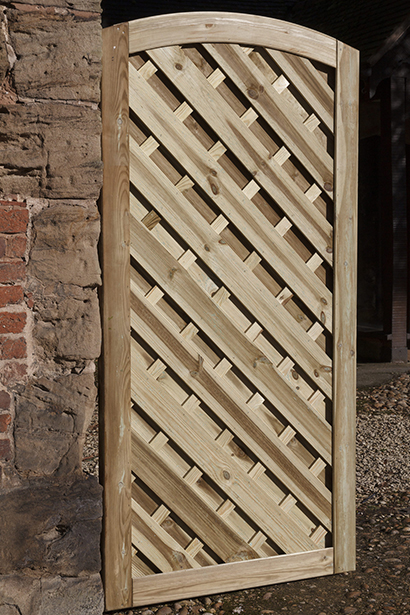 A premium gate featuring an arched chevron design that can be hung from either side. Use with the Elite Lunairs Fence Panels to create a co-ordinated run of fencing. Crafted from top quality, pressure-treated timber that is planed and grooved. The Lunairs Gate also features a fully Mortise and Tenon jointed frame for durability and strength.