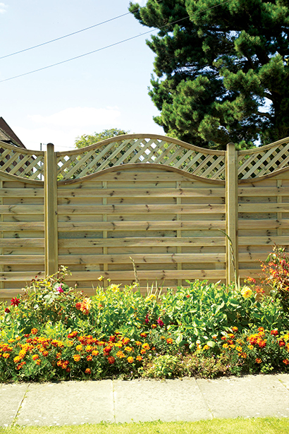The Elite Meloir Fence Panel offers a decorative design to suit many styles of garden settings. The horizontal timber slats and wave top lattice are planed, rounded and grooved and fixed into a strong rebated frame. This panel is also pressure-treated
