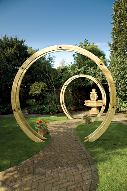 The contemporary Flower Circle is constructed using two pressure-treated timber rounded beams closely connected with stainless steel rods to create a sculptural archway. This versatile product can be used singularly or with multiples to create a unique pathway.