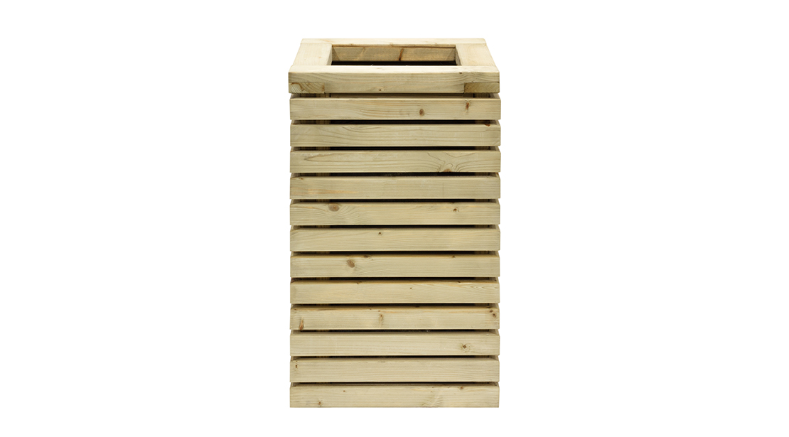 A modern planter designed to complement the Contemporary fence panel and structures. This planter would look fantastic as a pair to an entrance or walkway or even as a standalone feature. Perfect for Topiary and Acer trees, it comes pre-lined, assembled and pressure treated as standard.