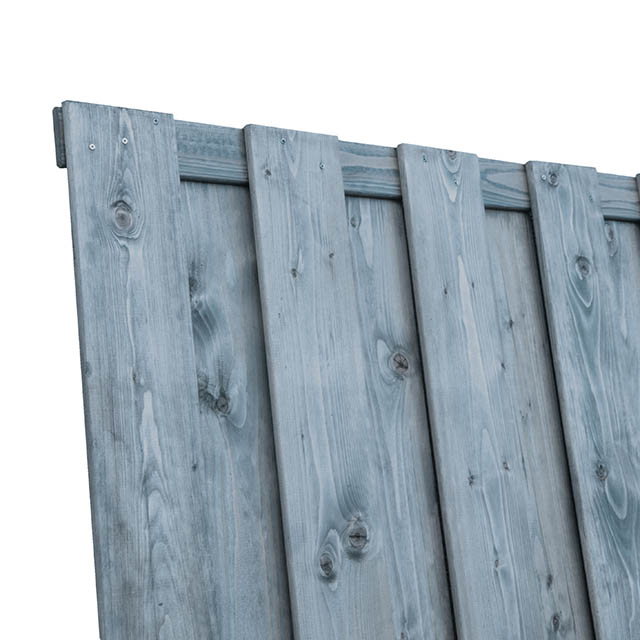 This new, innovative designed, high-quality garden fence has a simple, yet practical design and will fi t perfectly into your garden's natural aesthetic. Thanks to it's simple hit & miss construction, it is not only visually appealing, it also has a solid structure and off ers a high degree of privacy. A Vintage Grey treatment creates a high-quality garden fence